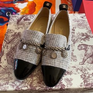 *SALE* CHANEL Tweed Loafers W/Charms